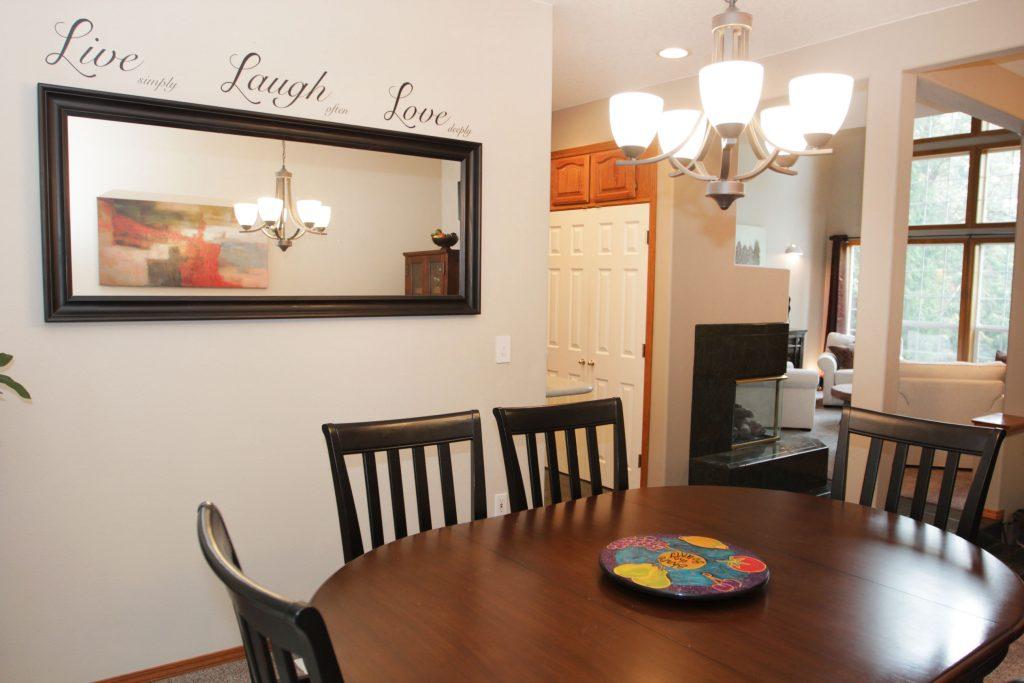 03 - Dining Room