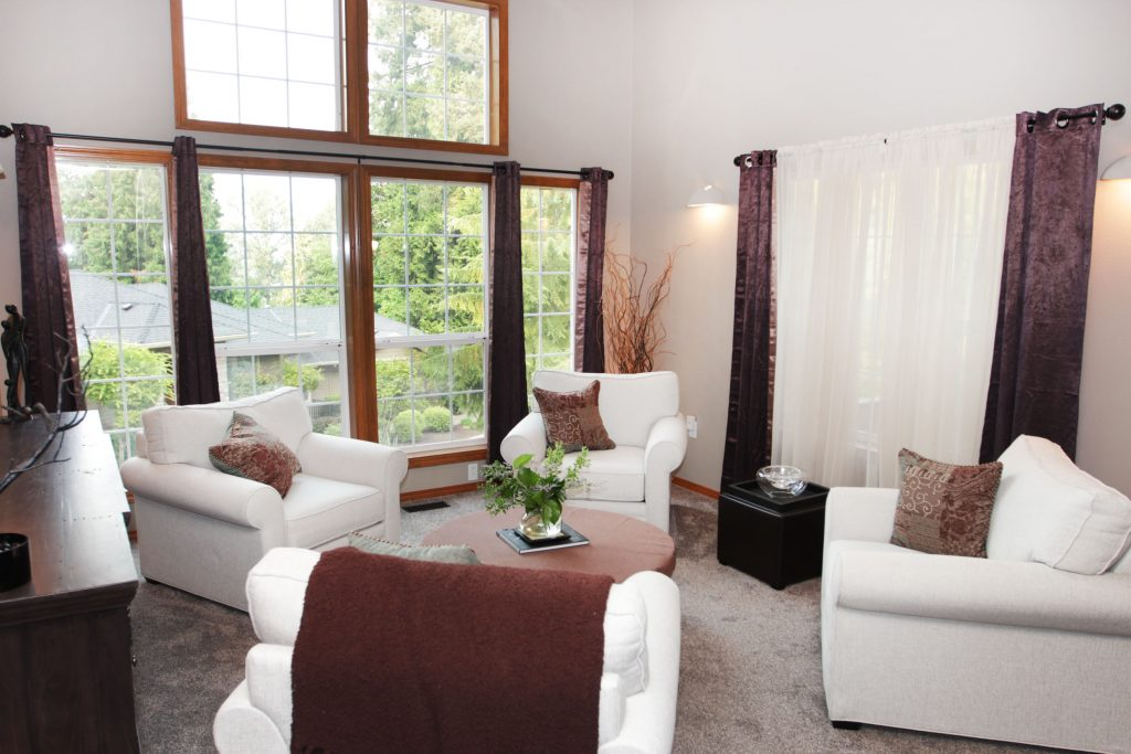 10 - Living Room