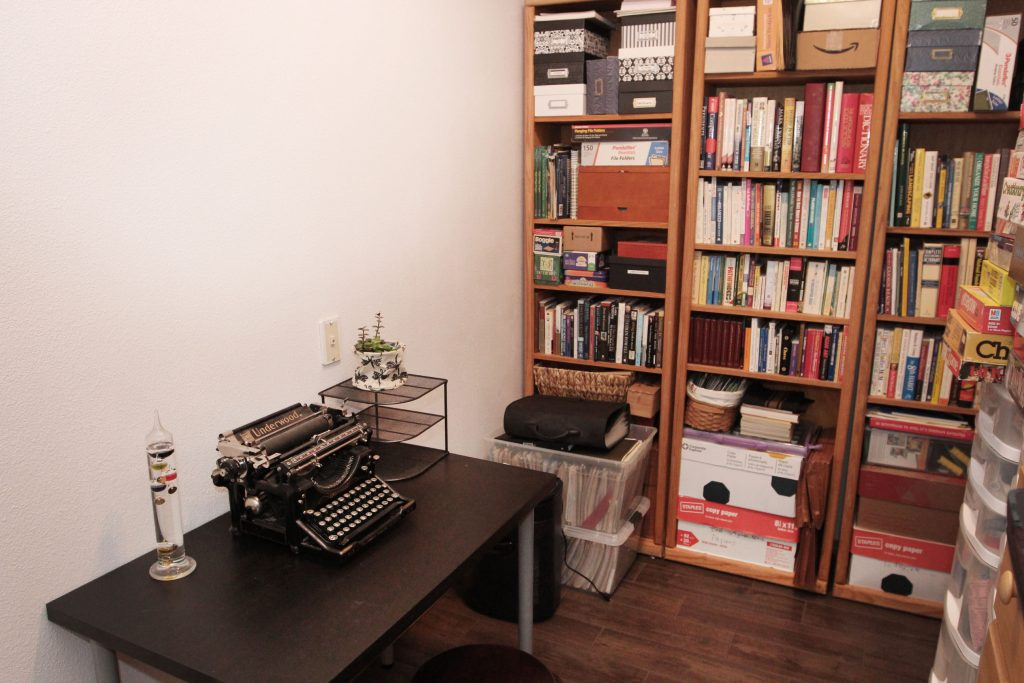 20 - Office Nook
