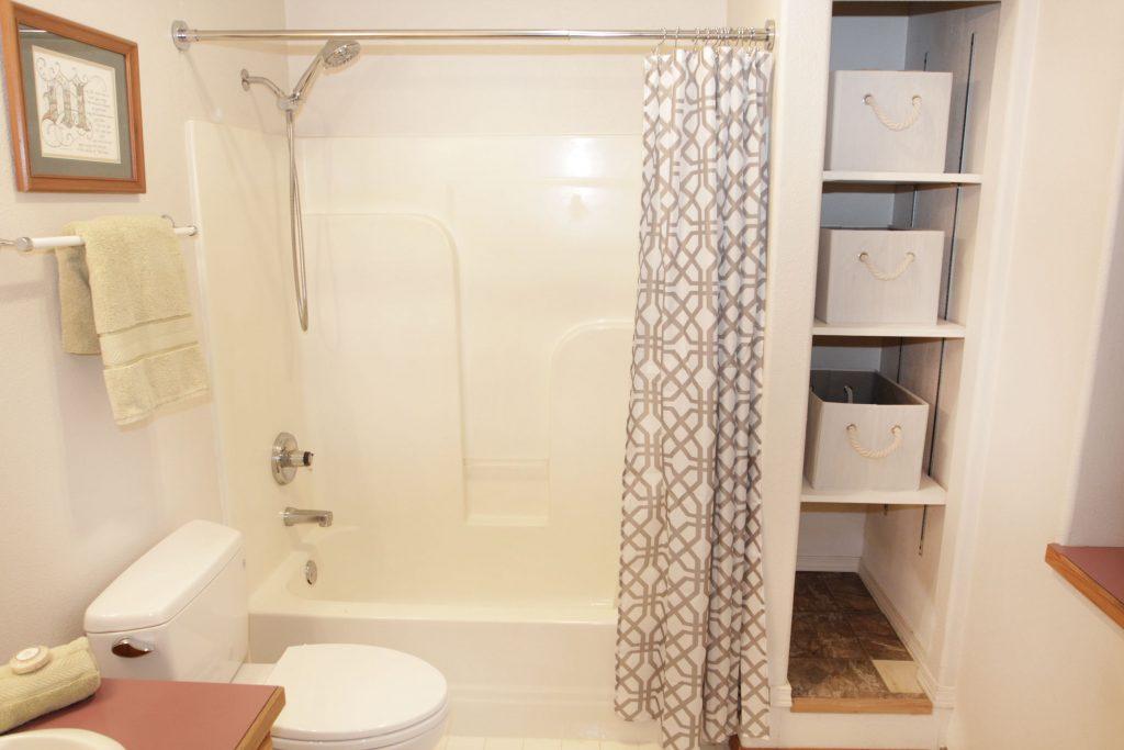 25 - Downstairs Bathroom