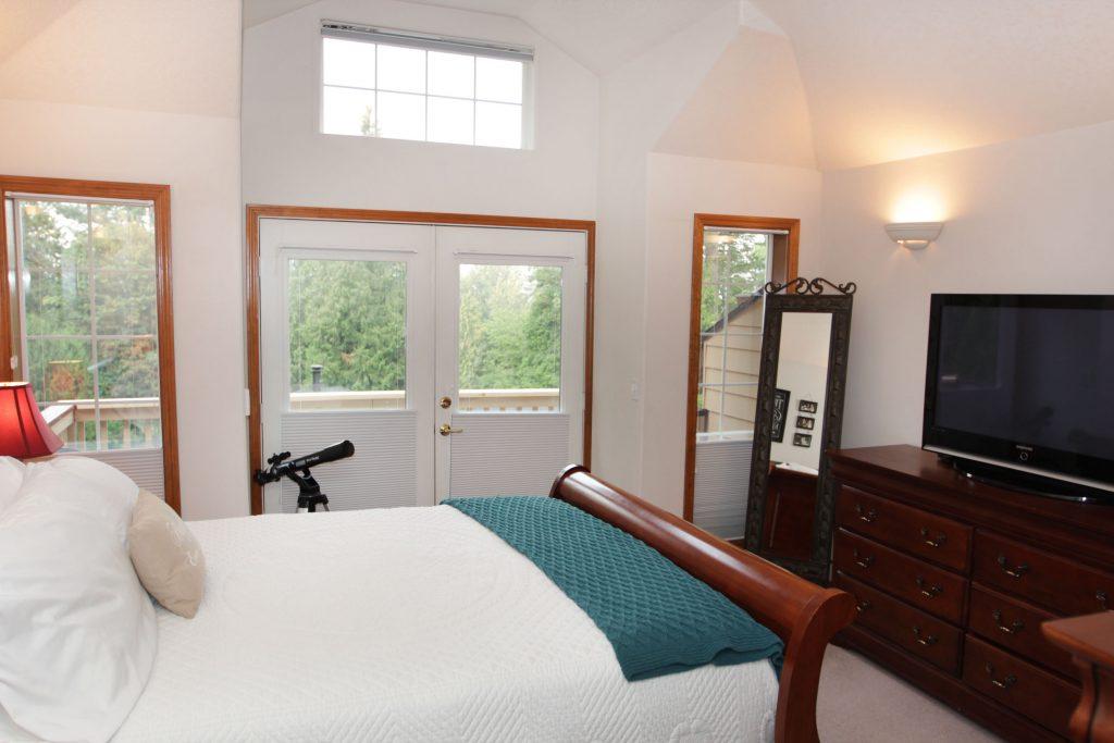 30 - Master Bedroom