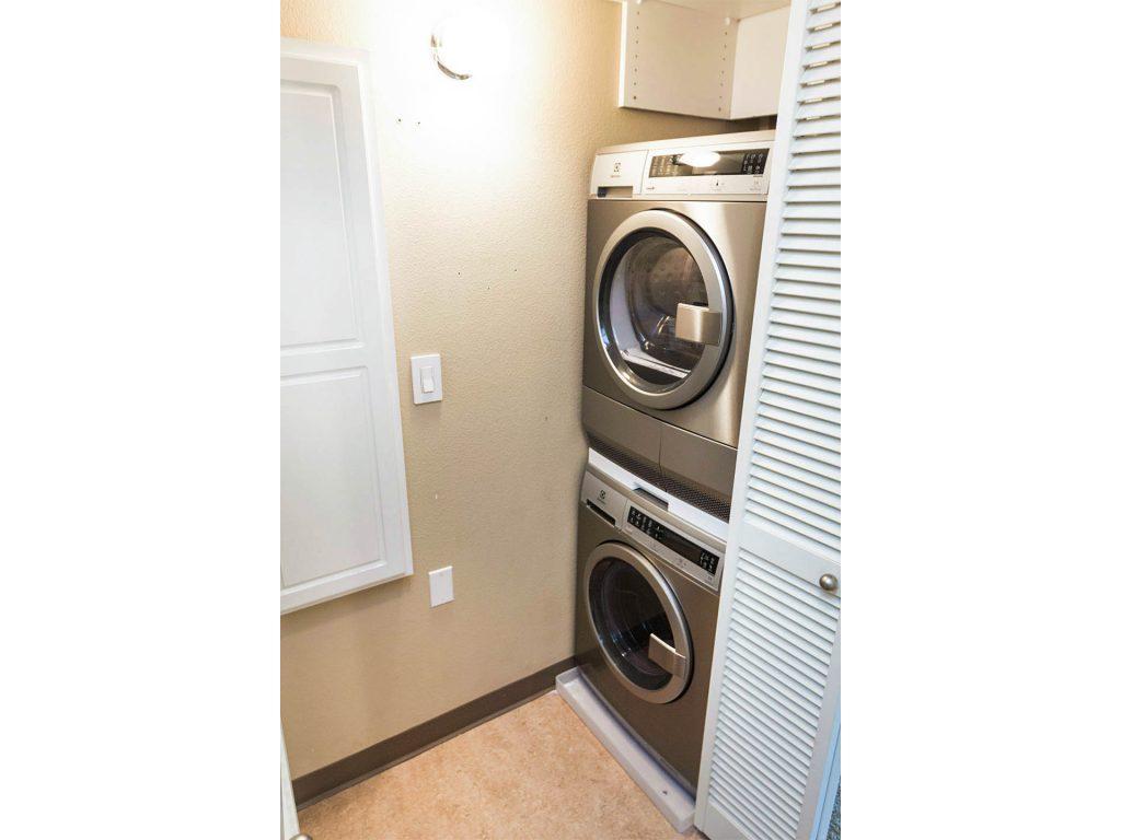 27 Laundry MLS