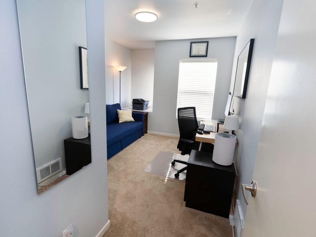23 Bedroom Office