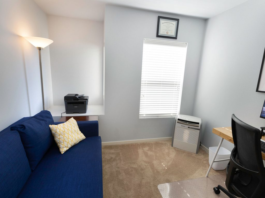 24 Bedroom Office